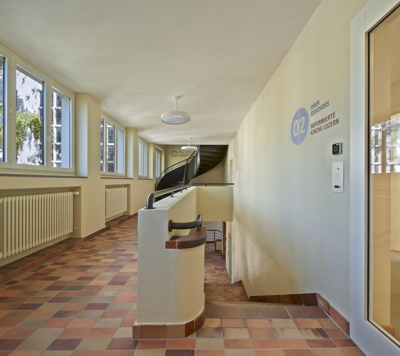 Lukas Zentrum Luzern 2.Obergeschoss-2