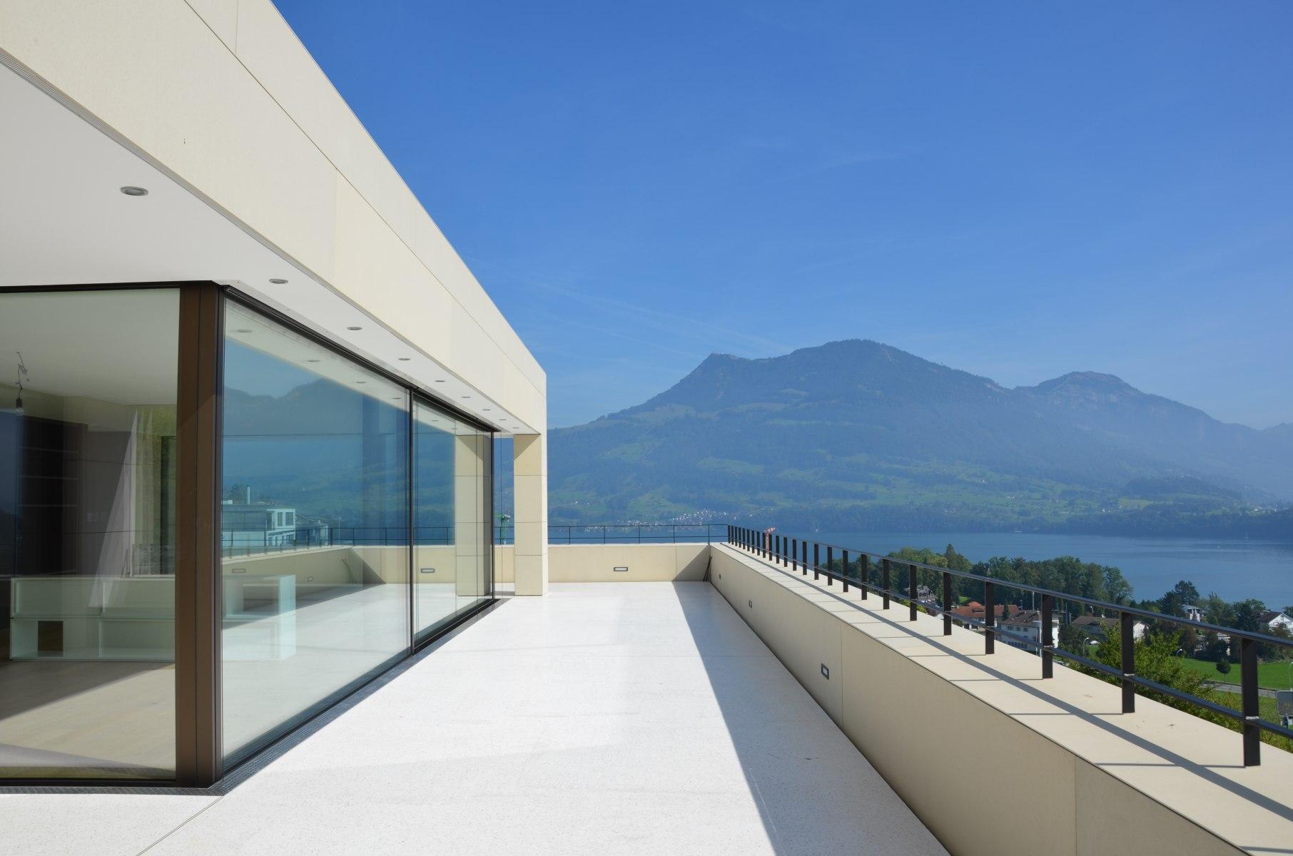 bhp Baumanagement AG – Neubau Zweifamilienhaus Schwerzihöhe – Attikaterasse